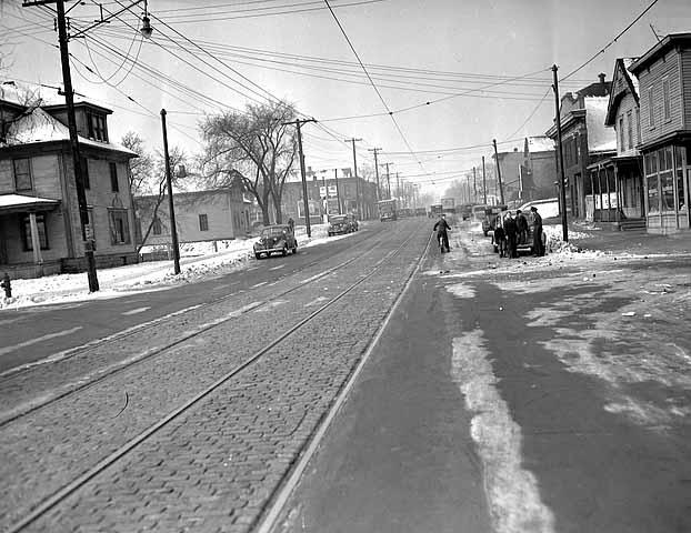 Plymouth Ave N, circa 1940