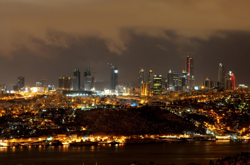 Istanbul at night, from WIkimedia
