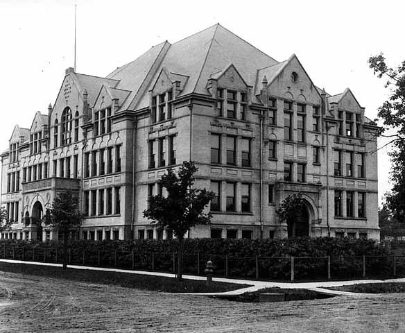 Minneapolis_North_High_School_1902-1