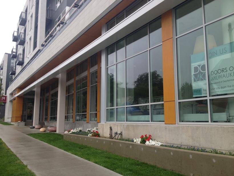 East_Library_MKE_Entrance
